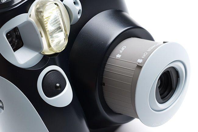 Polaroid 300, macchina fotografica